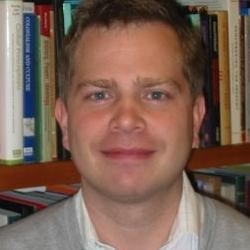 Dr Niklas  Hultin